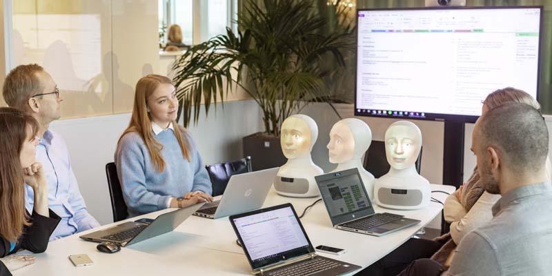 Tengai – följ utvecklingen av världens första fördomsfria intervjurobot via vår blogg!