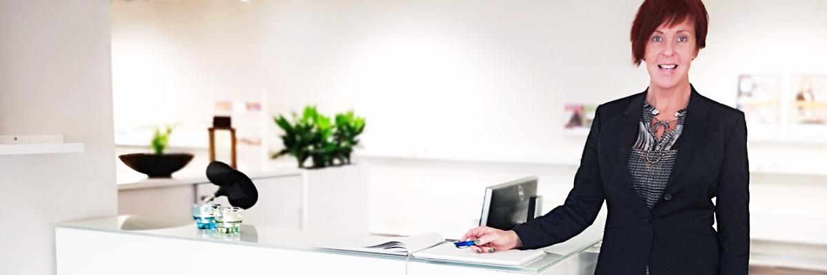 Gör som Annelie och sök jobb fördomsfritt via TNG! Läs om hennes resa till konsult på TNG här.