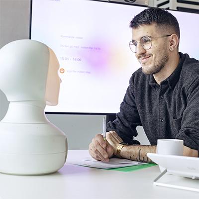 Tengai Select - rekrytera fördomsfritt med den sociala intervjuroboten Tengai