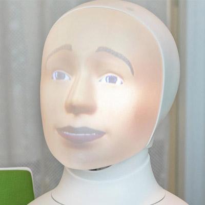 Robotintervjuer med Tengai