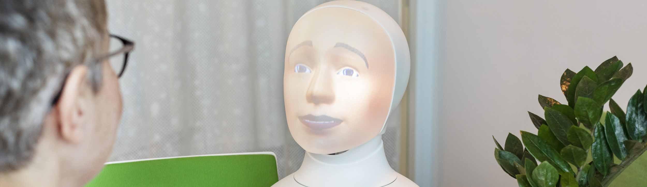 Robotrekrytering med intervjuroboten Tengai - utvecklat av TNG och Furhat Robotics
