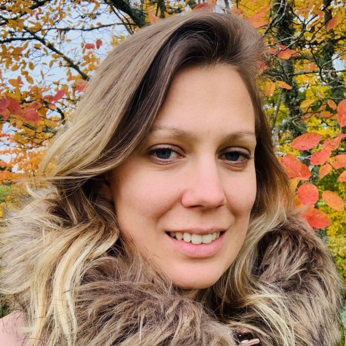 profilbild veronica skaraborg utomhus glad