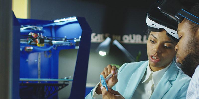 teknikrekrytering supply chain man kvinna labb